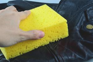 Как избавиться от запаха кожаных изделий