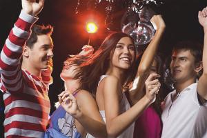 Как устроить классную вечеринку дома