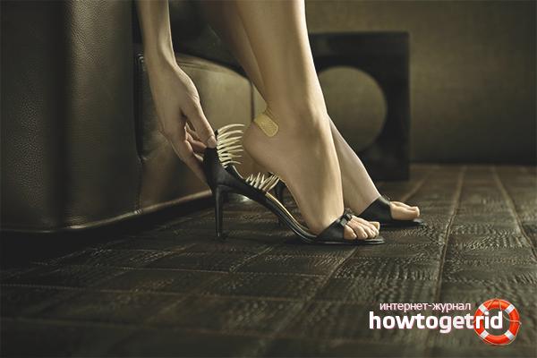 Как размягчить задник на искусственной обуви