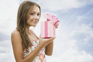 Как поздравить любимую девушку с днем рождения