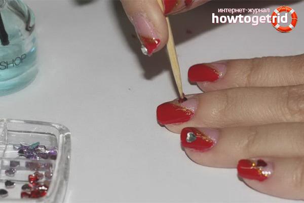 Узоры из страз на ногтях своими руками в домашних условиях