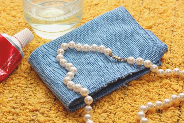Как почистить жемчуг в домашних условиях быстро и эффективно 842