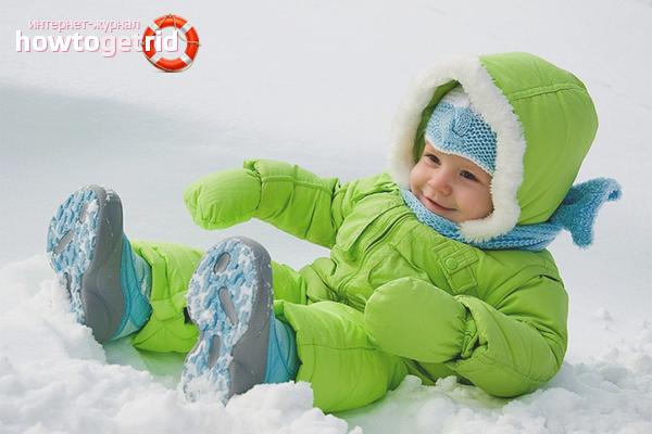 Как правильно одевать ребенка зимой