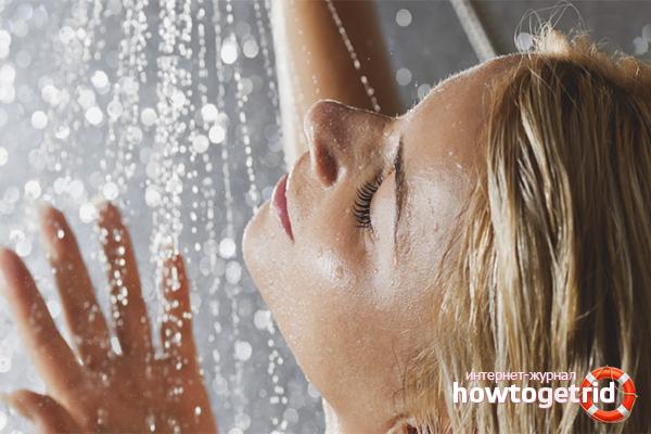 Массаж и контрастный душ против растяжек
