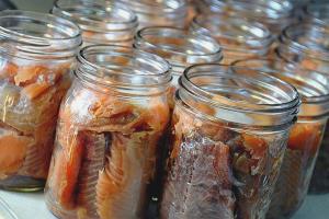 Как сделать рыбные консервы