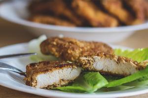 Как приготовить отбивные из куриного филе