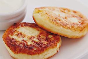 Как приготовить вкусные сырники из творога