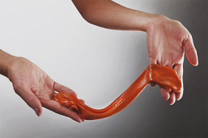 Как сделать жвачку для рук