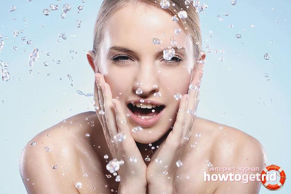 Как увлажнить жирную кожу лица