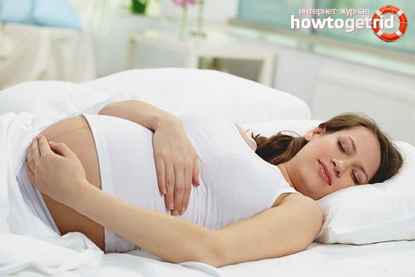 Почему беременным нельзя спать на спине