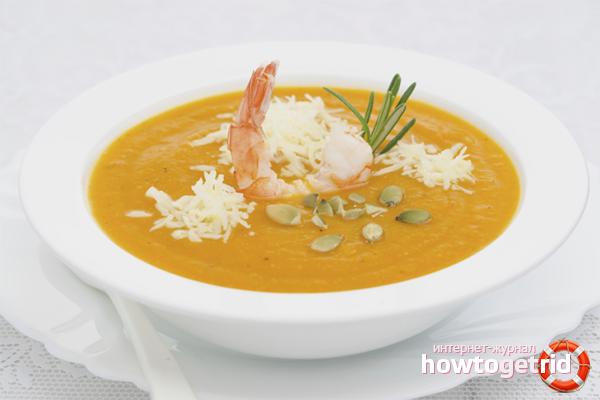 Суп-пюре из тыквы и креветок