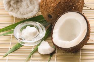 Маски с кокосовым маслом для волос