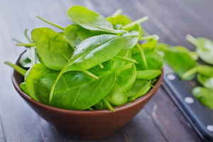Польза и вред шпината