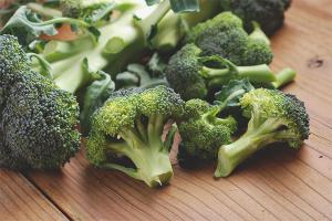 Польза и вред капусты брокколи