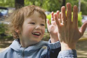 Как поощрять ребенка