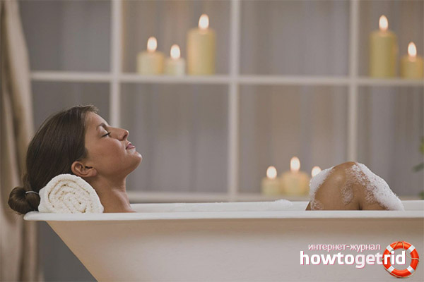 Можно ли принимать ванну во время месячных