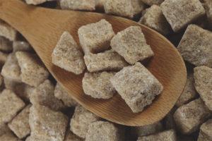 Как отличить тростниковый сахар от подделки