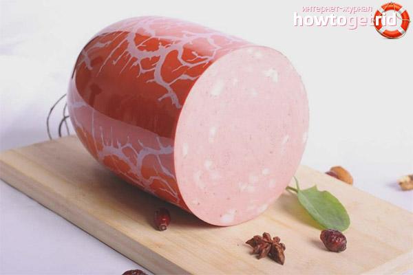 Можно ли вареную колбасу при грудном вскармливании?