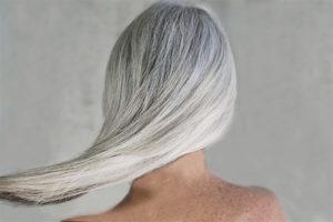 Седые волосы в раннем возрасте
