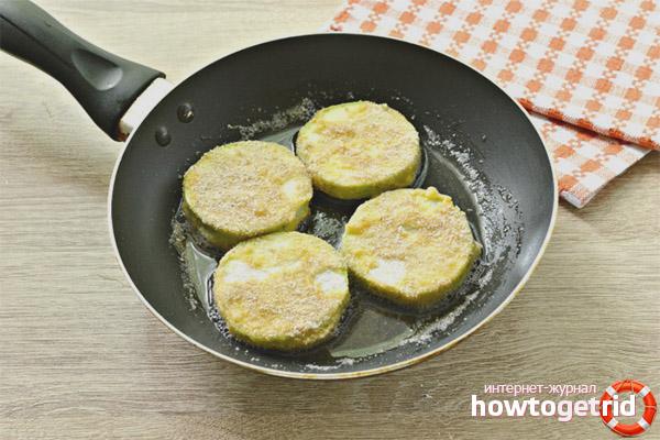 Как вкусно пожарить кабачки на сковороде