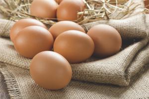 Чем можно заменить яйца в выпечке