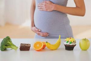 Как правильно питаться при беременности