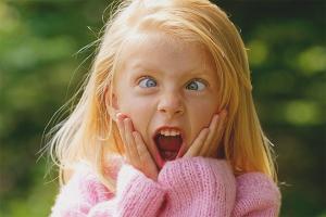 Что делать, если оса укусила ребенка