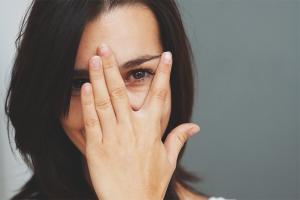 Как избавиться от стеснительности и застенчивости