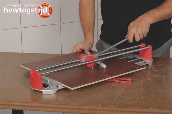 Как правильно резать плитку ручным плиткорезом