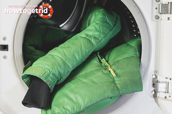 Как правильно стирать пуховик в стиральной машине