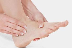 Как снять отек ног