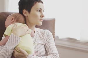 Как избавиться от послеродовой депрессии