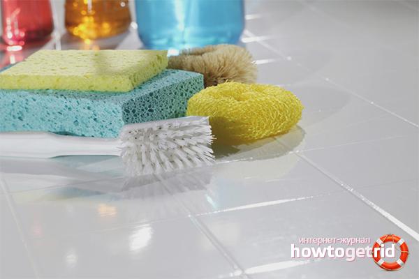 Очистка плитки специальными средствами