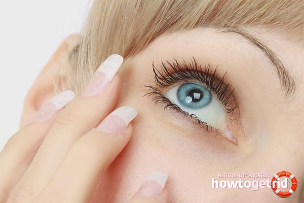 Как вытащить ресницу из глаза
