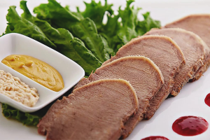 Как вкусно приготовить свиной язык