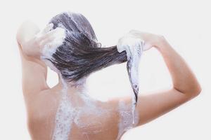 Как мыть нарощенные волосы