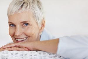 Как привыкнуть к зубным съемным протезам