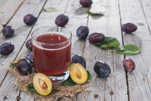 Как сделать сливовый сок