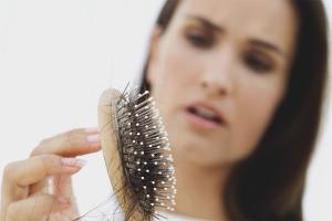 Как укрепить корни волос от выпадения