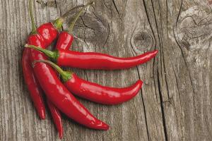 Красный перец - польза и вред для организма