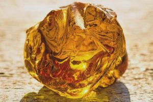 Лечебные свойства и применение янтаря