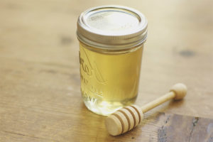 Полезные свойства и противопоказания меда донника