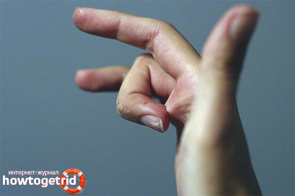 Как расклеить пальцы после суперклея