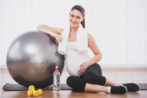Можно ли заниматься фитнесом при беременности
