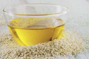 Чем полезно кунжутное масло