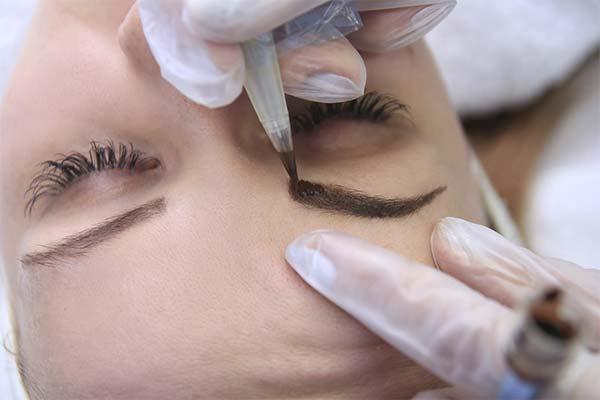 Как убрать татуаж с бровей