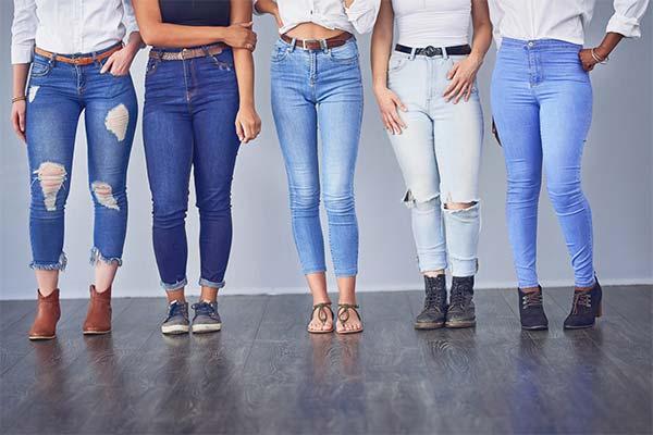 Как выбрать женские джинсы большого размера