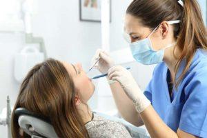 Где лечить зубы недорого и надежно