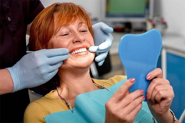 Какие виды протезирования зубов лучше